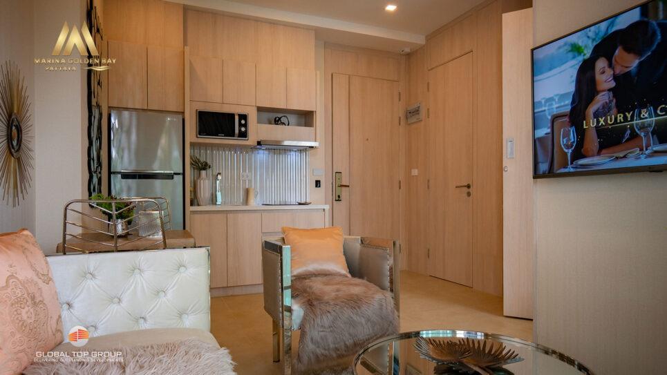 มาริน่า โกลเด้น เบย์ หนึ่งห้องนอน เวนิส บ้านและคอนโดสำหรับขาย