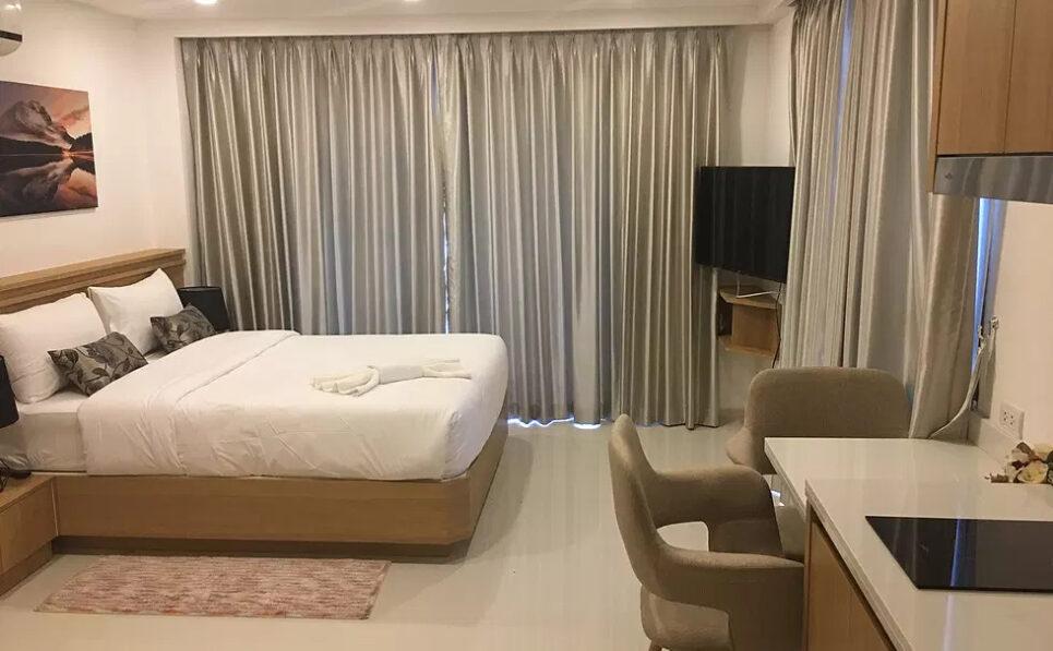 城市花园普拉图姆纳克工作室宽敞公寓出售芭堤雅舒适海滩全球顶级集团