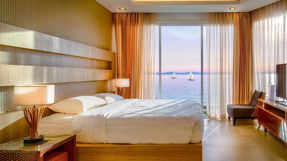 一卧室芭堤雅物业出售海滨公寓天堂海景