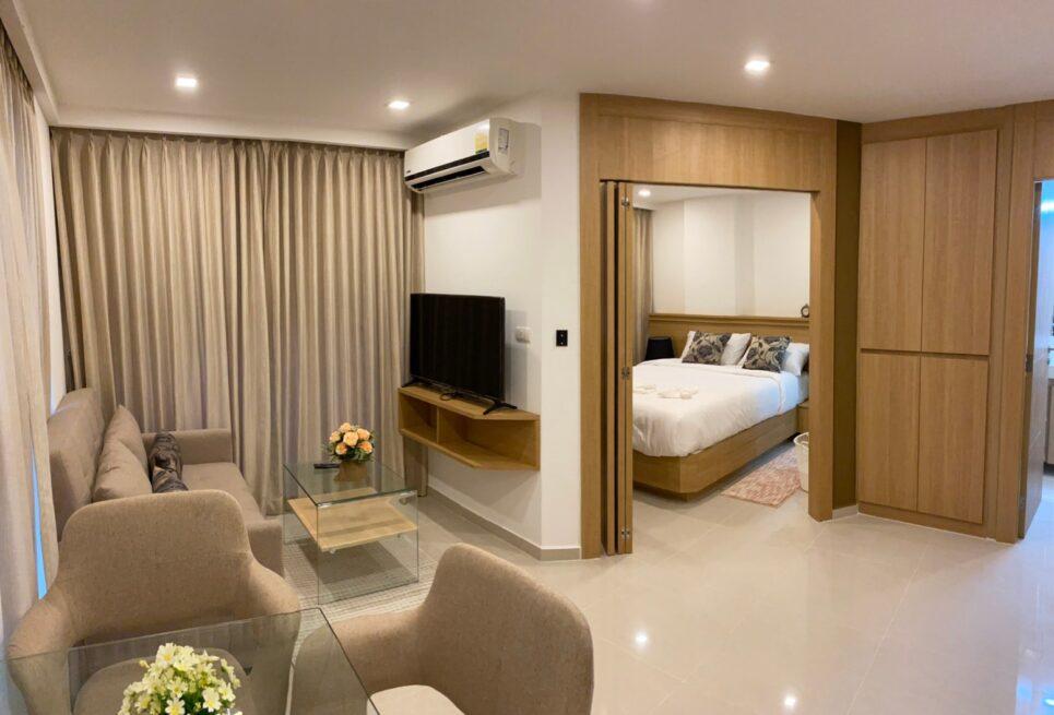 Condo Rentals Long Term One Bedroom at Cozy Beach City Garden Pratumnak