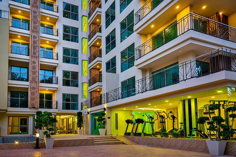城市花园热带宽敞的两间卧室公寓在芭堤雅出售