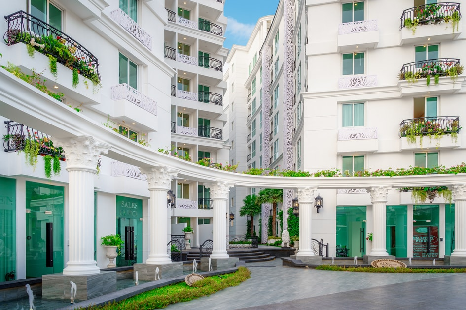 buying a condo in Pattaya first-class design and amenities